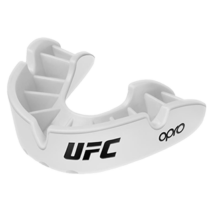 UFC Bronze fogvédő - fehér